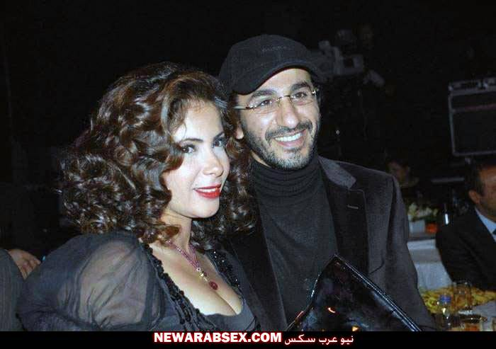 بزاز منى زكي مع زوجها احمد حلمي