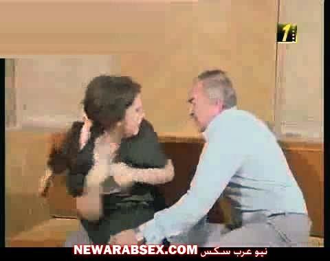 عادل ادهم يغتصب دلال عبد العزيز