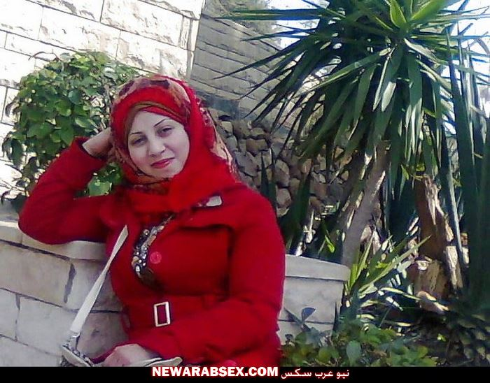شرموطة مصرية قبل خلع الحجاب
