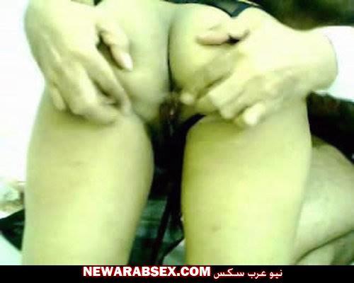 قحبة عربية سمراء صغيرة