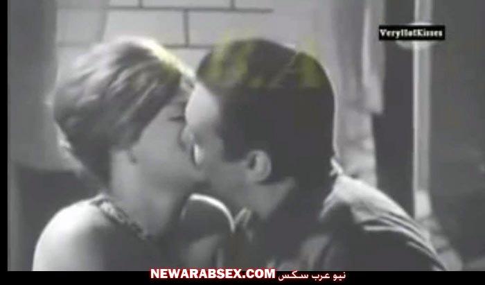 رشدي أباظة يقبل نادية لطفي